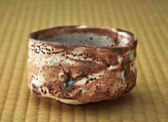 加藤3・鼠志野茶碗.png